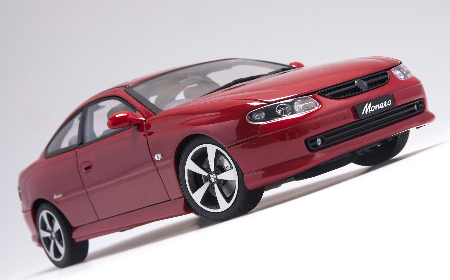 Holden Monaro CV8-R in Pulse Red 2004